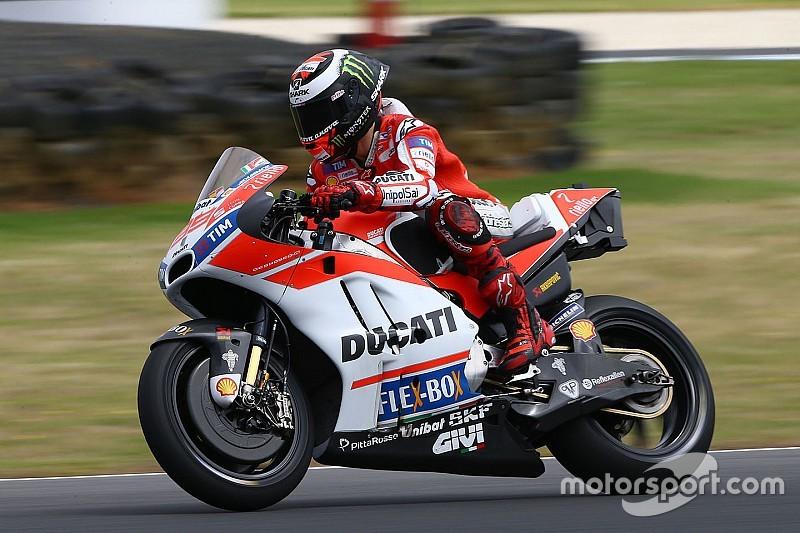 Лоренсо: Щось досі не так з адаптацією до Ducati