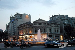 Pilotos españoles se solidarizan con Barcelona tras ataque terrorista