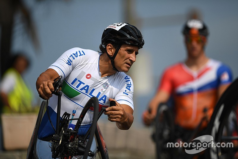 Zanardi, un'altra grande impresa: record mondiale dell'Iroman paralimpico!
