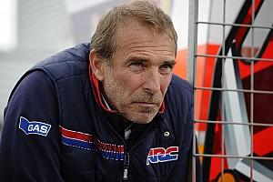 MotoGP Новость Глава заводской команды Honda в MotoGP покинул свой пост