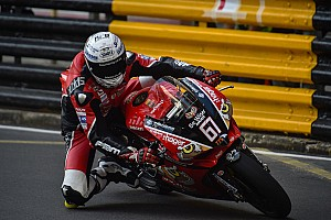 Road racing Qualifiche Macao, qualifiche: Irwin e la Ducati chiudono in vetta