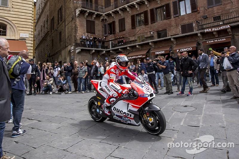 """Ezpeleta: """"C'è un progetto per fare un GP cittadino per la MotoGP"""""""