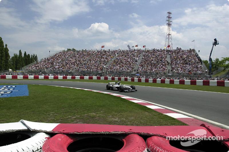 Ralf Schumacher en la Horquilla Senna