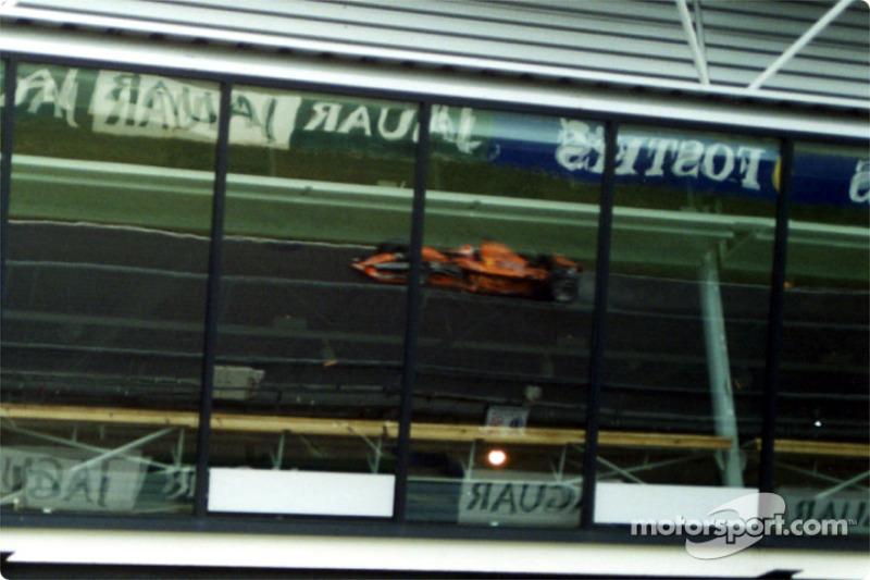 Johnny Herbert regresa a la Fórmula 1 como piloto de pruebas de Arrows