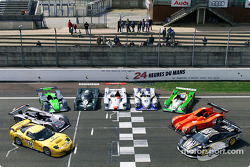 The most important competitors at Le Mans: Chevrolet, Cadillac, MG, Bentley, Audi, Chrysler, Courage-Peugeot, Panoz and Saleen