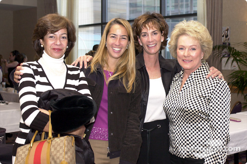 Sandra and Katucia Castroneves, Chris Mears and Betty Rutherford
