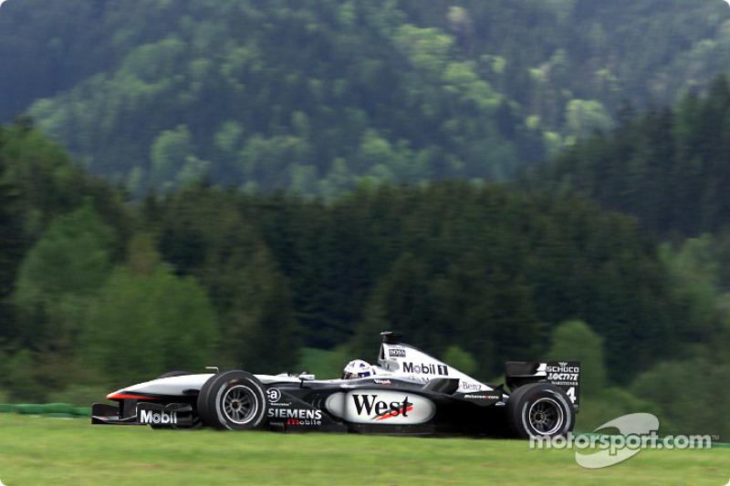 2001: David Coulthard, McLaren-Mercedes MP4-16