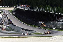 The first lap: Jacques Villeneuve and Enrique Bernoldi
