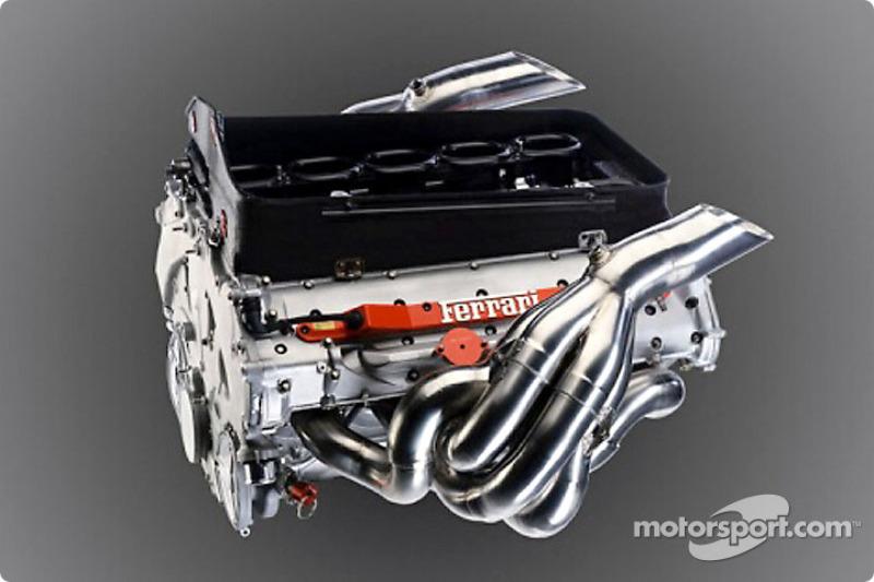 Мотор Ferrari 050 V10