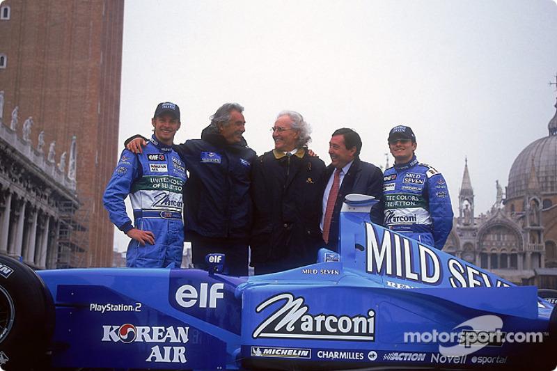 Jenson Button, Flavio Briatore, Luciano Benetton, Patrick Faure and Giancarlo Fisichella with the ne