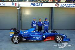 Jean Alesi, Alain Prost et Gaston Mazzacane avec l'AP04