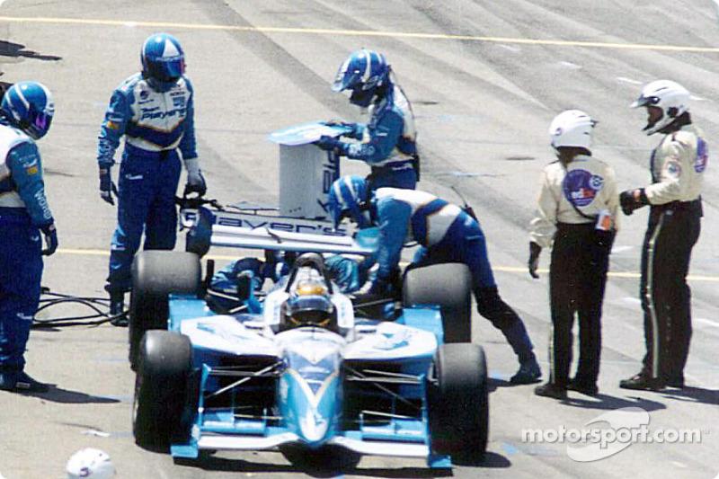 Patrick Carpentier with broken rear wing