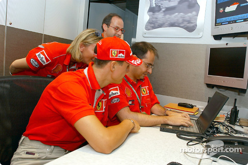 Michael Schumacher in an online chat session with his fans