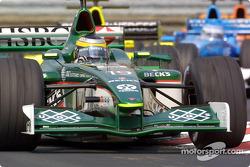 Early race action: Pedro de la Rosa