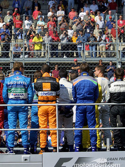 Drivers parade: moment of silence