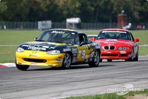 Race 13, Showroom Stock B: Tom Bogar