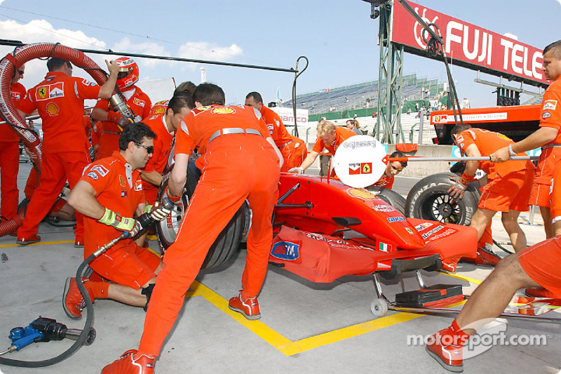 Practicing pitstop at Ferrari