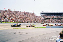 Bobby Hamilton leading the pack