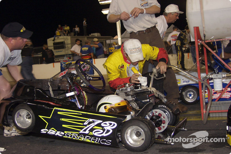 The #73 of Dan Snyder gets fueled up for the Briggs & Stratton 300 at the pump around