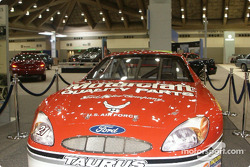 Wood Brothers No. 21 Ford Taurus