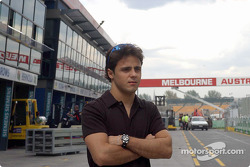 Felipe Massa in der Boxengasse in Melbourne