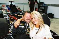 Paul Stoddart y Sarah Jane