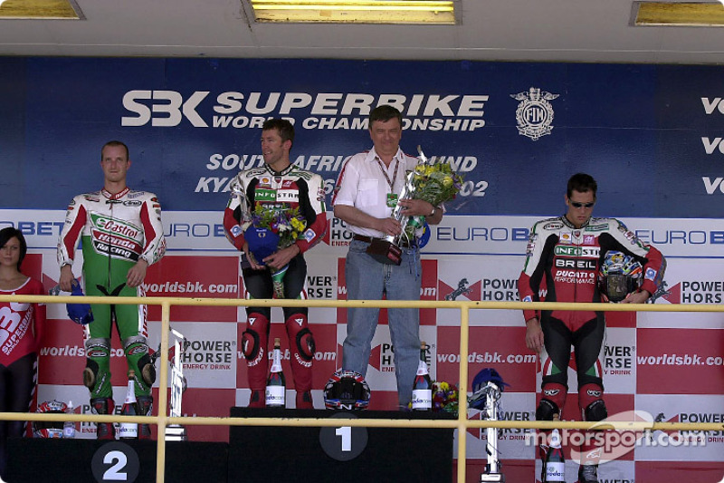 Race 1 podium: Troy Bayliss