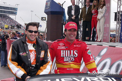 Tony Stewart y Hut Stricklin