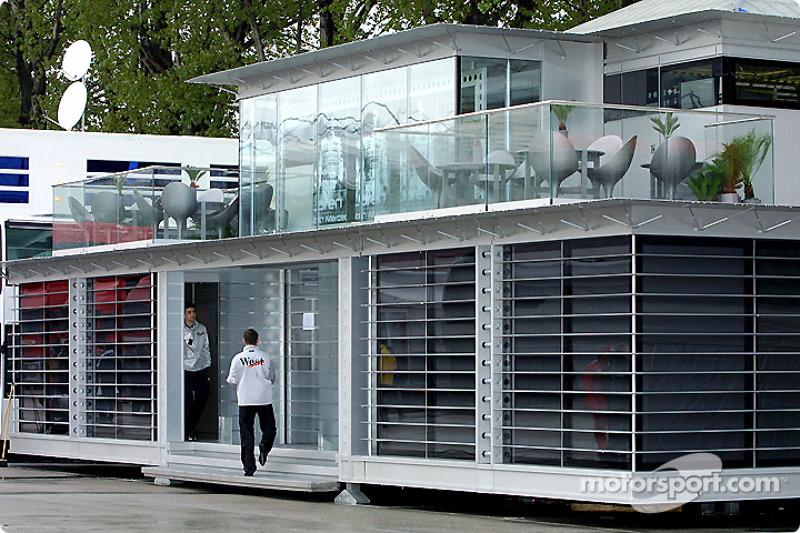 El Centro de Comunicaciones West McLaren Mercedes Team