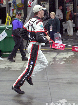 Kevin Harvick goes skipping
