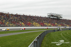 Chevrolet Corvette pace car leading the field for the start of the Firestone Indy 225
