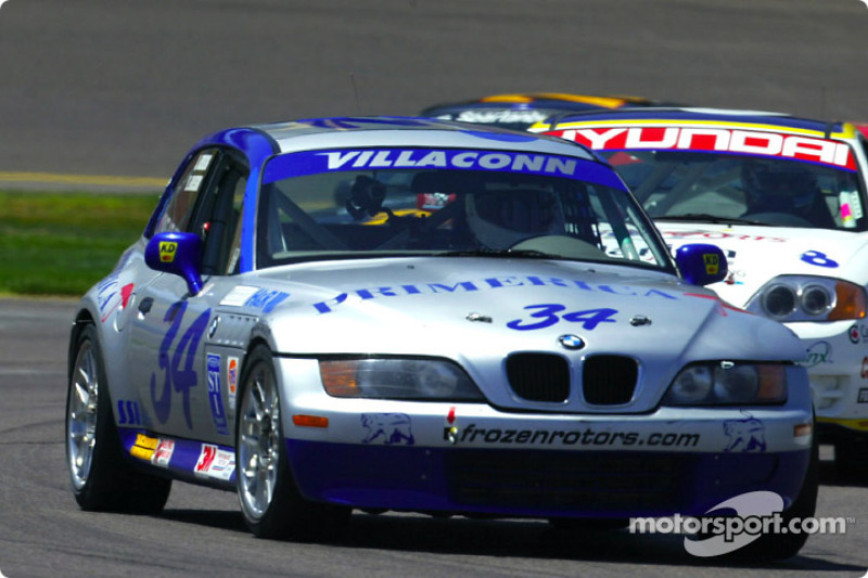 The #34 BMW Z3 of Villaconn International took the pole for the UnitedAuto Touring 250