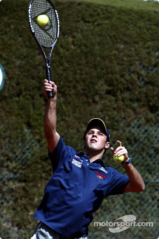 Felipe Massa playing tennis