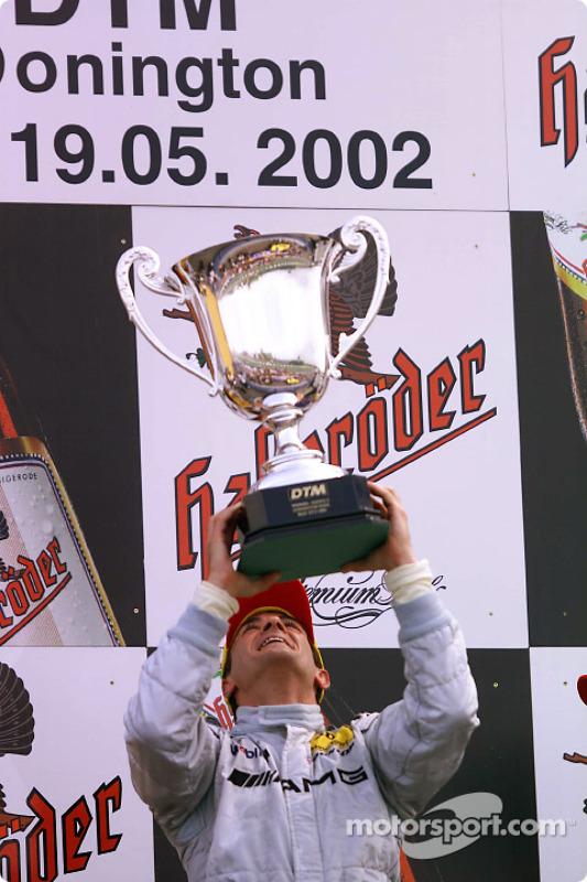 El ganador de la carrera, Jean Alesi