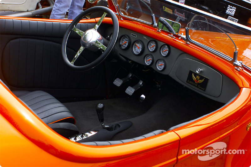 Eliminator cockpit