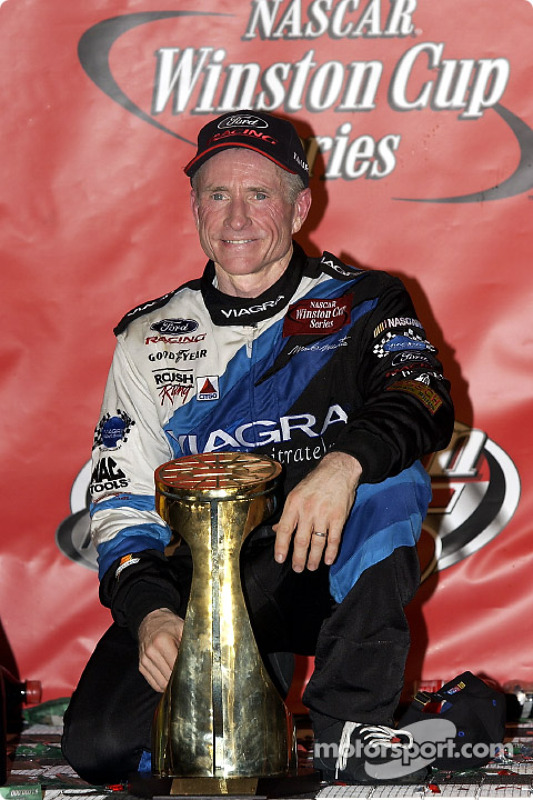 Mark Martin celebrates his first win in two years