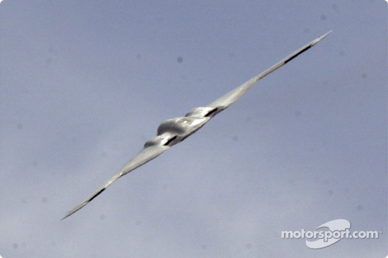 The B2 Stealth Bomber, it was chilling and thrilling to see this plane doing a flyover, totally wicked