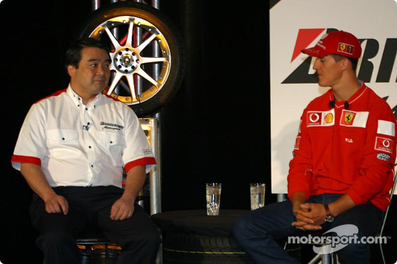 Conferencia de prensa Bridgestone Motorsport / Scuderia Ferrari: Hirohide Hamashima y Michael Schuma