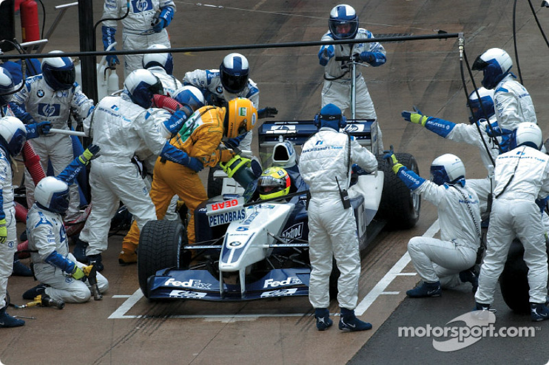 Troublesome pitstop for Ralf Schumacher