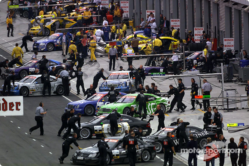 Break between the qualifying race and the main race