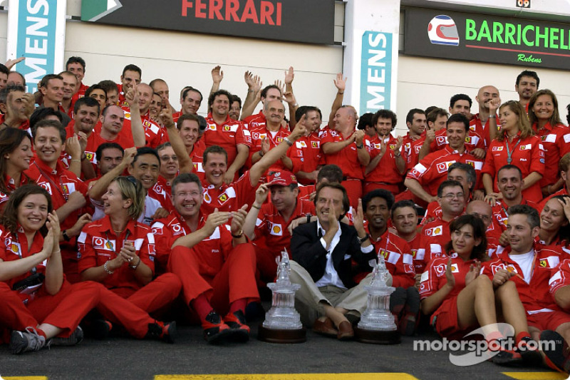 Michael Schumacher, Jean Todt, Ross Brawn, Luca di Montezemelo and Team Ferrari celebrating