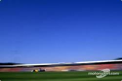 Jenson Button en el calentamiento matutino
