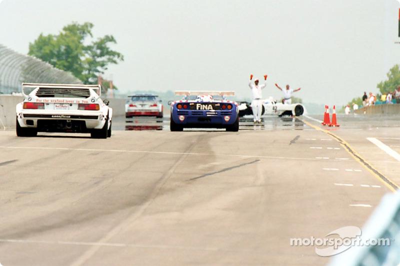BMW demo returns to pits