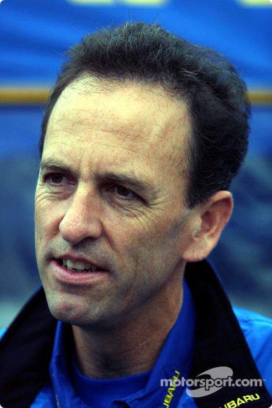 Jefe de ingenieros de Subaru, Steve Farrell
