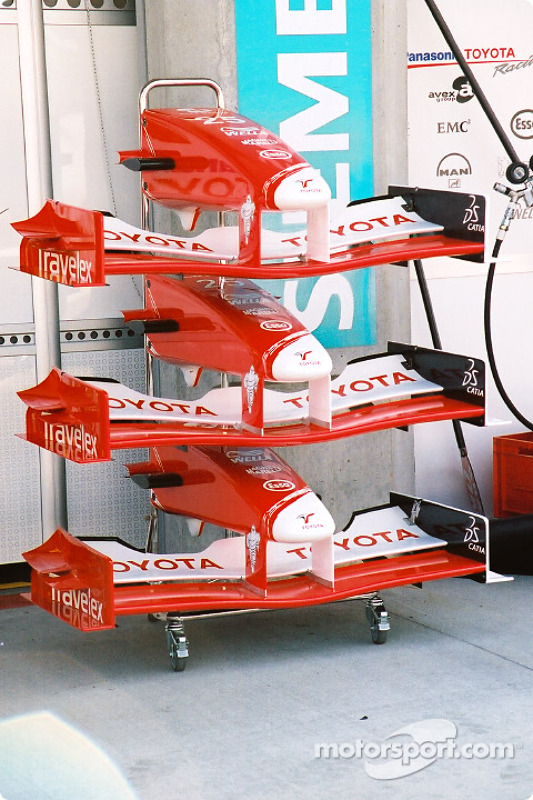 Toyota front wings