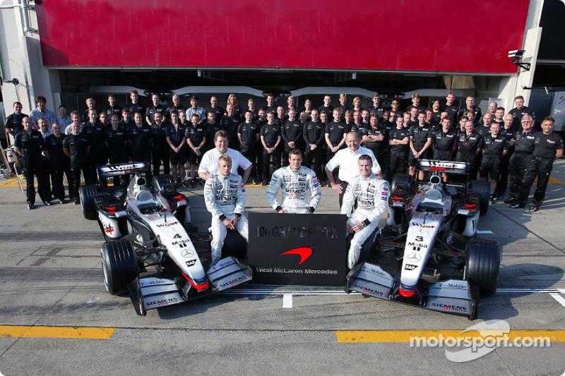 Family picture for Team McLaren