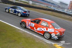 #00 Honda of America Racing Team Acura RSX-S: John Schmitt, Pete Halsmer et #3 Team Lexus Lexus IS300: Charles Menard, Paul Menard