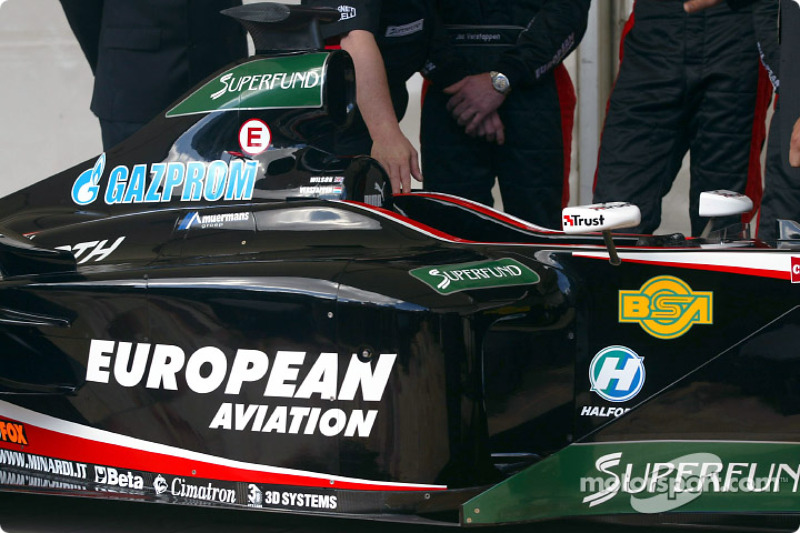 Cockpit of the new Minardi PS03
