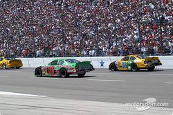 Pace laps: Bobby Labonte and Elliott Sadler