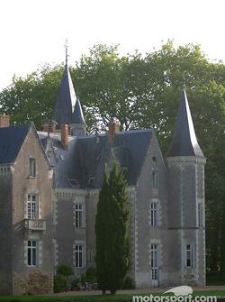 Motorsport.com's headquarters during the 2003 24 Hours of Le Mans: the Château de Montriou